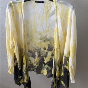 Nic+Zoe Open Cardigan Yellow, Black, White